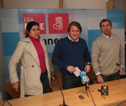 Bustillo, Balmori y Rojas, ayer en la sede. / N. A.