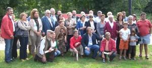 foto histórica: los homenajeados y familiares