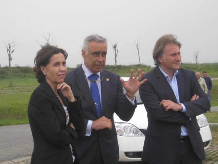 La semana pasada estuvimos en Castropol , firmando el convenio para rehabillitar su espléndida CasaConsistorial.
